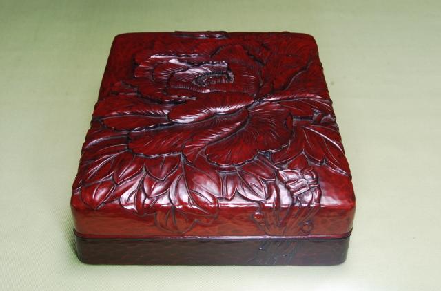 鎌倉彫 硯箱 牡丹